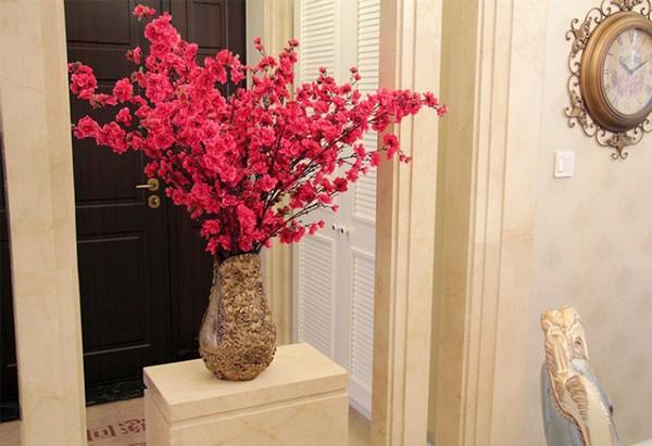 Bài trí bình hoa hợp phong thủy giúp nhà đẹp và tình thắm 3
