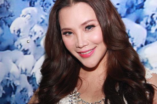 Điểm danh một loạt lỗi phẫu thuật thẩm mỹ dễ thấy của sao Việt 7