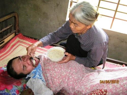 Những hình ảnh về mẹ làm rung động hàng vạn trái tim 5