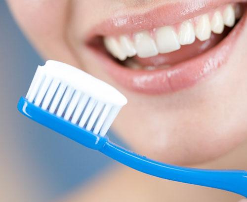 Ngủ dậy đánh răng, thói quen có nên thay đổi? 1