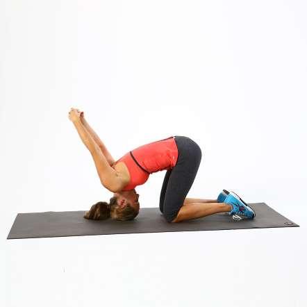 Giảm đau nhức vùng cổ ngay lập tức với bài tập co giãn cơ 4