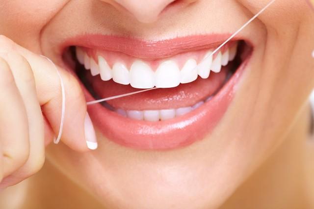 thói quen có hại cho hàm răng 3