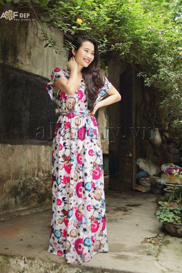 """Liu Trần - quý cô """"mặc váy dài 10 năm chưa biết chán!"""" 26"""