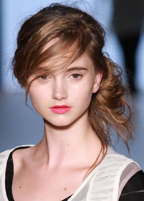 7 kiểu tóc búi/cột bạn nên thử cho mùa Hè 2013 12
