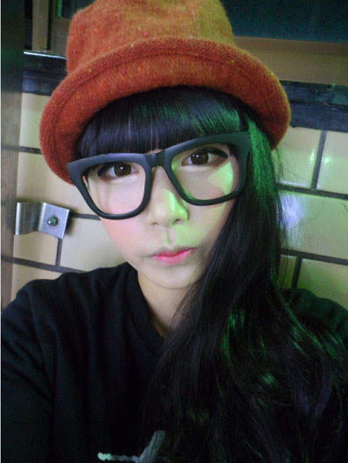 Gương mặt thật gây sốc của các búp bê xinh đẹp xứ Hàn 3