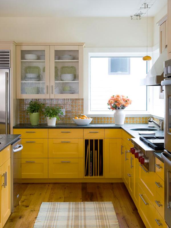 Image result for Trang trí nhà bếp bằng những món đồ nhiều màu sắc