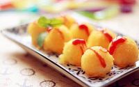 Bánh khoai tây chiên vàng thơm giòn rụm không ai là không mê