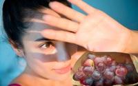 Thời tiết hanh khô thế này cực kì hại da, bạn có thể bảo vệ da nếu thêm thực phẩm này vào bữa ăn