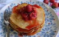 """Làm pancake theo cách này nhất định bạn sẽ """"ghi điểm"""" tuyệt đối!"""