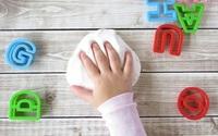 """Mùa hè đến rồi, có cả """"kho"""" trò chơi trong nhà cho bé thỏa sức sáng tạo"""