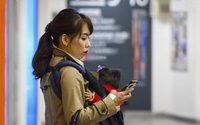 Mẹ Mỹ rút ra 3 bài học sâu sắc về sự đơn giản khi chăm con của mẹ Nhật