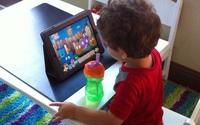 Nếu không thể cấm, đây là cách giúp trẻ 2-5 tuổi dùng Ipad hiệu quả