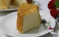 Bí quyết để có món bánh chiffon mềm nhẹ như mây, ăn hoài không ngán