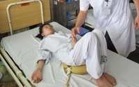 Uống thuốc nam điều trị bệnh đau khớp dẫn đến ngộ độc, liệt tứ chi teo cơ