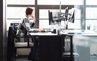 Dân văn phòng chú ý: Làm việc này cả ngày có thể khiến cơ thể bạn già đi nhanh hơn