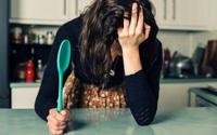Mẹ phàn nàn vì chăm con mệt mỏi nhưng rồi hối hận sau khi nghe câu nói của con