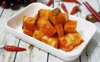 Củ cải muối cay giòn ngon ăn kèm món gì cũng hợp