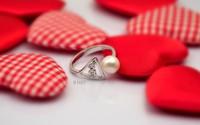 Chọn trang sức ngọc trai cho ngày Valentine