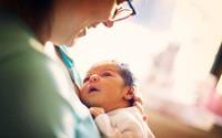 Lần đầu tiên trứng người được nuôi cấy thành công trong phòng thí nghiệm, đem lại hi vọng cho những bệnh nhân ung thư được làm mẹ