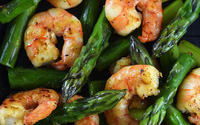 Nghiên cứu gây sốc: Măng tây, hải sản khiến ung thư vú di căn nhiều hơn