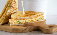 Làm bánh mì sandwich kiểu Hàn cho bữa trưa nhanh gọn đủ chất