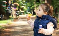 Ngày quốc tế hạnh phúc, học cách nuôi dạy con thành một đứa trẻ hạnh phúc