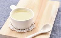 Sữa gạo chuối thức uống bổ dưỡng cho ngày hè