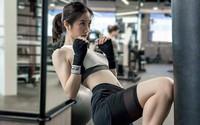 """Để có được vóc dáng """"vạn người mê"""", Jun Vũ đã theo một bộ môn vẫn còn rất ít con gái Việt tập"""