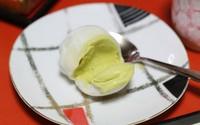 Trổ tài làm bánh mochi kem lạnh ngon không thua tiệm