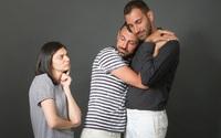 Nỗi đau không biết kêu ai của những người phụ nữ lỡ lấy nhầm chồng gay