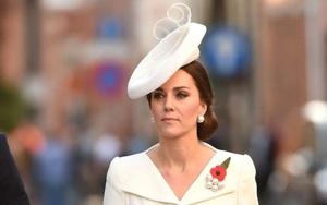 """Đây là cách tinh tế công nương Kate vẫn dùng để giấu chuyện bầu bí trước """"ngày hoàng đạo"""" công bố chính thức"""