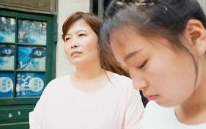 Ở riêng vẫn khổ với mẹ chồng: Một năm lên thăm nhà 8 tháng, ghen tức nếu con trai tình cảm với con dâu