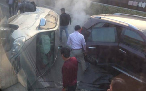 Hai xe ô tô va chạm lật nghiêng trên Cao tốc Pháp Vân - Cầu Giẽ, một người nhập viện
