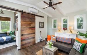 Cửa gỗ cánh trượt - giải pháp vàng để tiết kiệm diện tích và giúp không gian sống đẹp hơn
