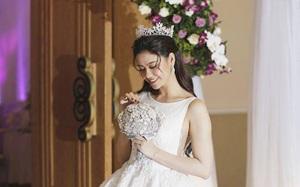 Trương Quỳnh Anh mặc áo cô dâu, úp mở sẽ làm đám cưới vào ngày mai