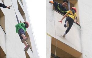 Hà Nội: Trẻ đu dây từ nhà cao tầng như người nhện khi học kĩ năng thoát hiểm