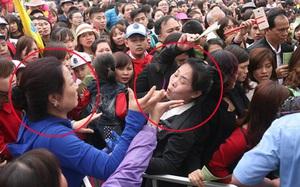 Cảnh cướp giật vé trắng trợn và đánh nhau giành vé đang diễn ra tại Lễ hội hoa hồng