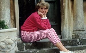 20 khoảnh khắc khiến người ta tin rằng công nương Diana thực sự là một biểu tượng thời trang chân chính