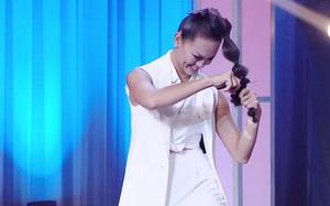"""Mai Ngô gây """"choáng"""" khi cắt phăng tóc trên sân khấu"""