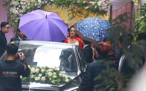 Chồng Á hậu Hoàng Anh che ô giấu mặt khi đi xe sang tới đón dâu