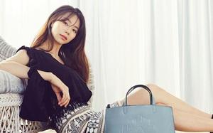 """Bà xã Bae Yong Joon tái xuất với vẻ đẹp """"gái một con trông mòn con mắt"""""""