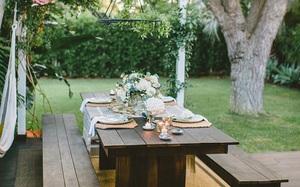 24 mẫu bàn ghế xinh yêu cho khu vực ăn uống và nghỉ ngơi ngoài trời