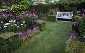 18 cách cực hay mà đơn giản để làm mới sân vườn nhà bạn