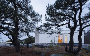 Ngôi nhà đẹp như tranh vẽ nằm sát bờ biển khiến bao người mơ ước