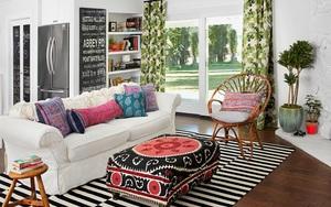 Chỉ với một tấm thảm kẻ sọc đen trắng, phòng khách sẽ vô cùng kỳ diệu thế này