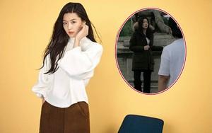 Jun Ji Hyun vác bụng bầu sang Pháp quay quảng cáo