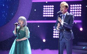 """Con gái Trang Nhung khiến khán giả thổn thức khi hát ca khúc """"Chưa bao giờ mẹ kể"""""""