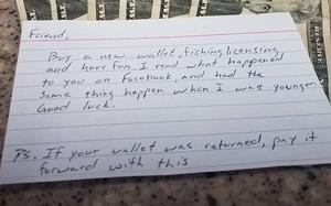 Con trai đánh mất ví cùng toàn bộ tiền tiết kiệm, người mẹ khóc rưng rưng khi nhận được lời nhắn nhủ