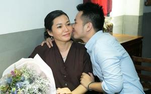 Xúc động với ca khúc viết tặng mẹ nhân dịp sinh nhật của Phạm Hồng Phước
