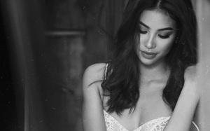 Hoa hậu Phạm Hương lần đầu tiết lộ về người cha đang lâm trọng bệnh